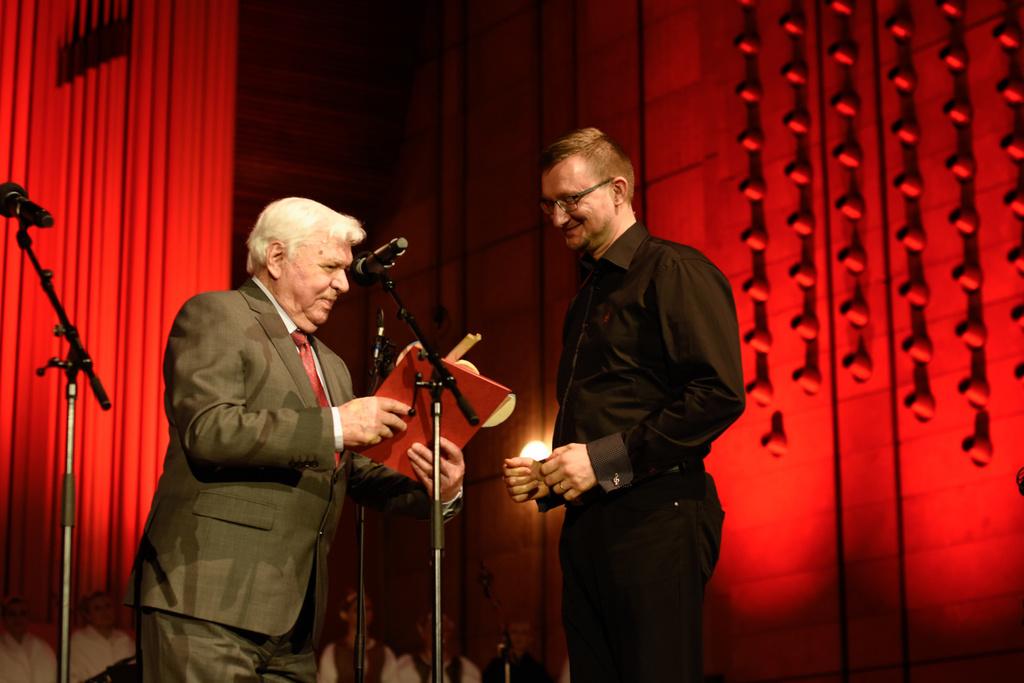 Prize Awarding M.Rendos (RTVS, Reg. Studio Kosice), O.Demo (Music Folklore Association prize)